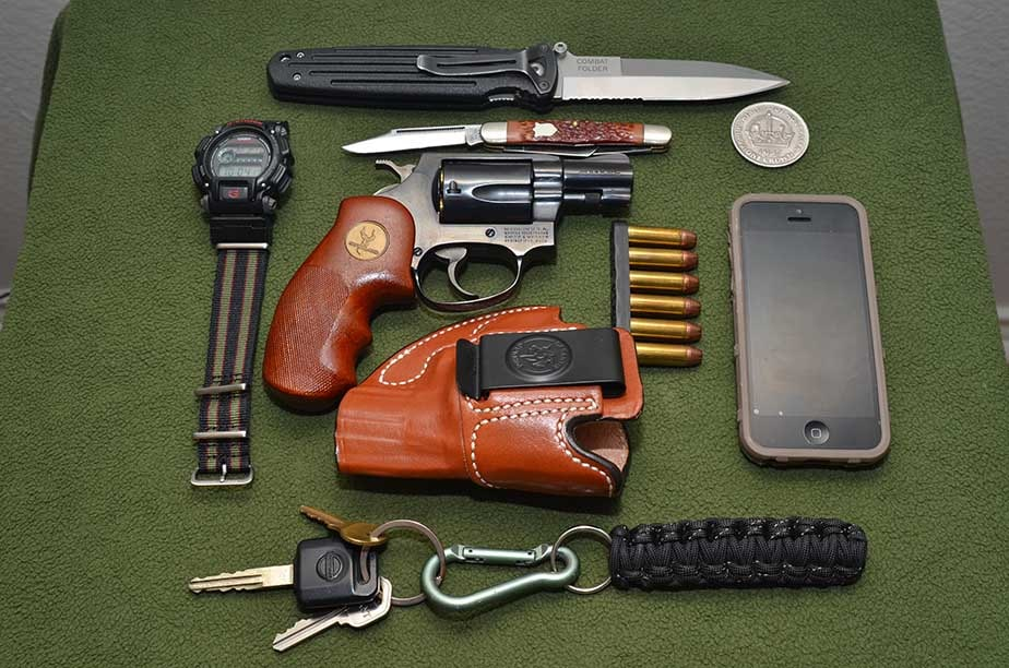 The Smith & Wesson .38 snub-nosed revolver is part of this complete everyday carry. (Photo: Kenny Hatten)