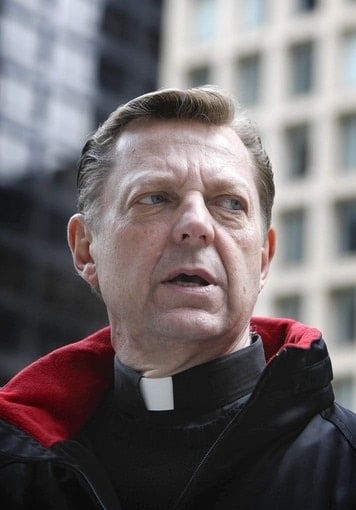 Father Michael Pfleger (Photo: Chicago Tribune)