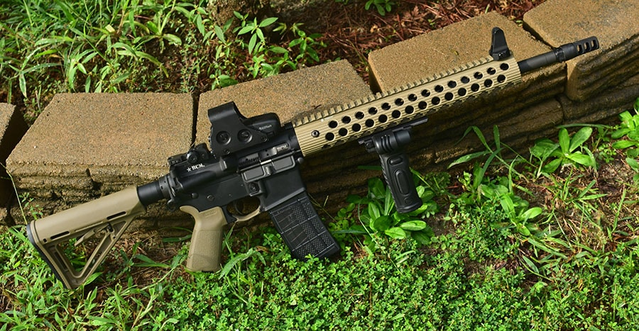 A reliable semi-automatic carbine with light, laser, holographic sight with co-witnessed night-sights is the ultimate night-fighting carbine, but doesn't fit a defense-minded urbanite's needs. (Photo: Jim Grant)