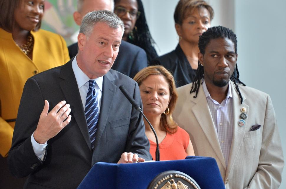 Mayor de Blasio unveiled a new plan to combat gun violence Wednesday, which includes a program using 'violence interrupters,' specially trained former gang members, to keep the peace. (Photo: Robert Sabo/New York Daily News)