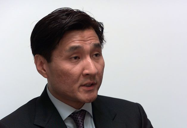 Connecticut attorney and concealed carry permit holder Sung-Ho Hwang. (Photo: Christian Abraham/CT Post.com)