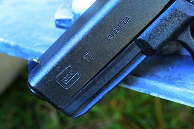 Glock17_04.jpg