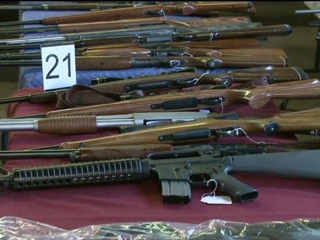 635518612611420009-guns-1-