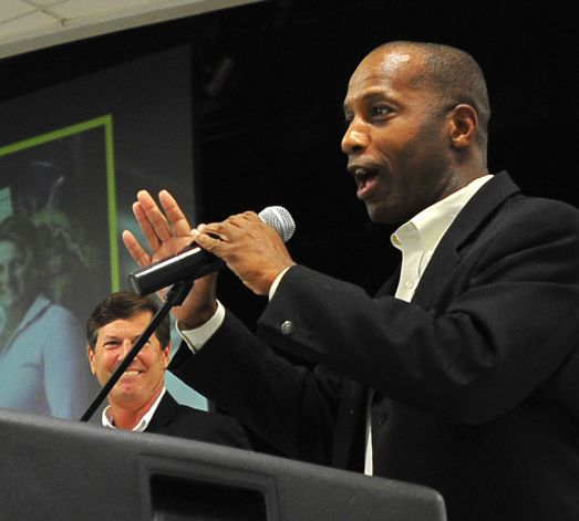 Texas conservative Rep. James White (R) is among those seeking greater gun rights in the state. (Photo: Beaumont Enterprise)
