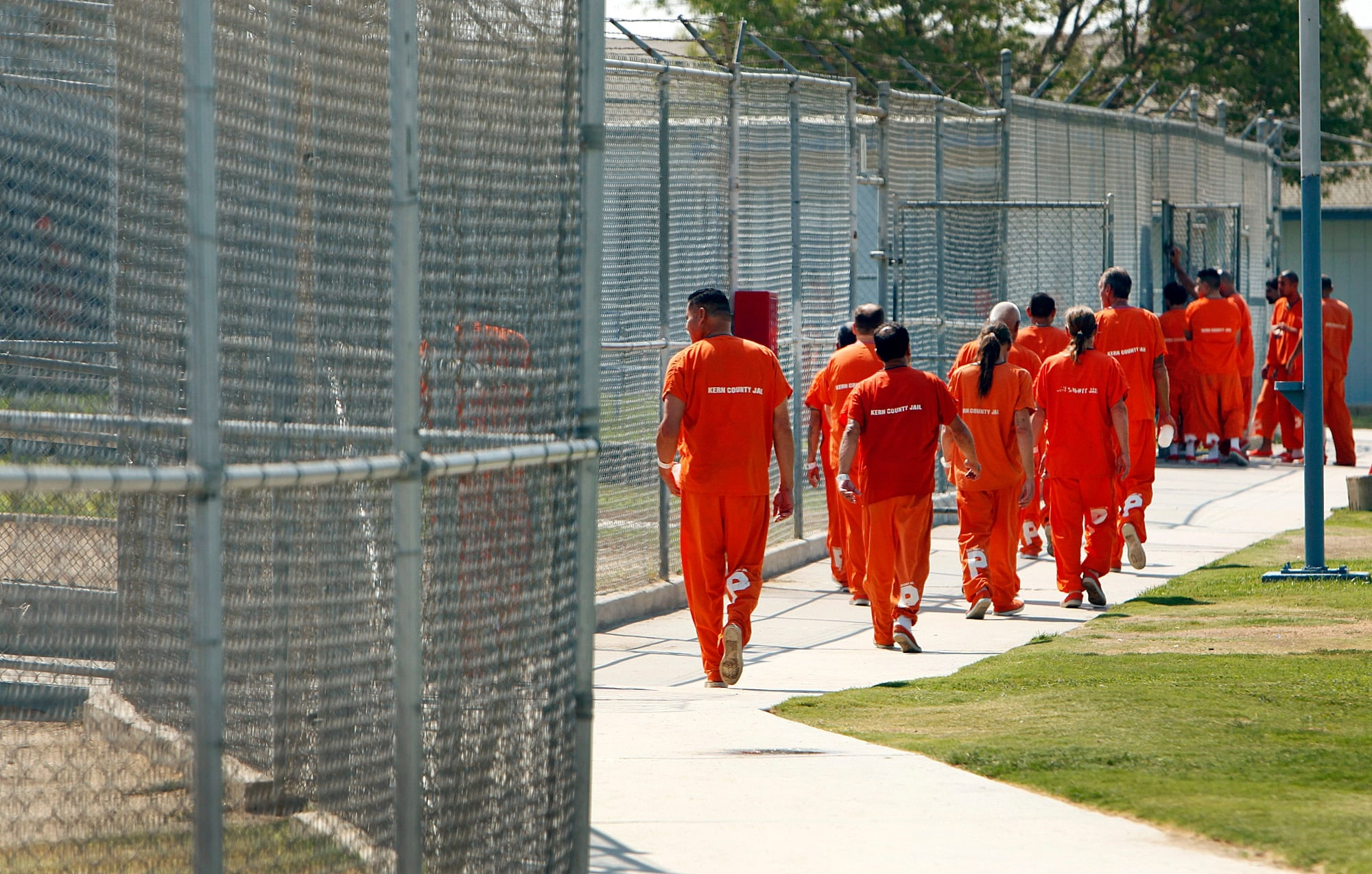 Kern County, California inmates, some of which may soon be free after Prop 47 was voted into law this week. (Photo: LA Times)