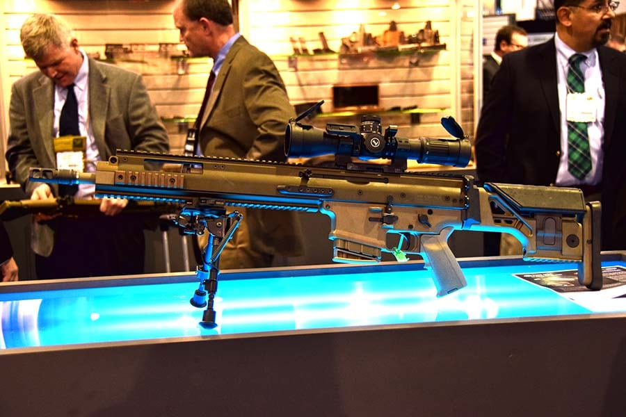 Rumored SCAR 20 DMR rifle makes appearance