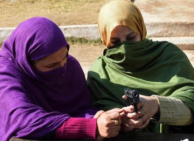 Peshawar-Guns-1