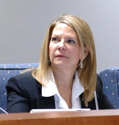 Arizona State Sen. Kelli Ward wants to strike a ban on many Title II items in the state (Photo: KNAU)