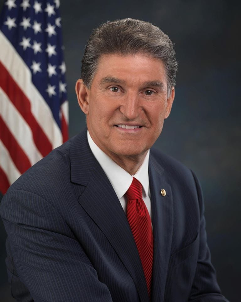 Sen. Joe Manchin's official portrait.