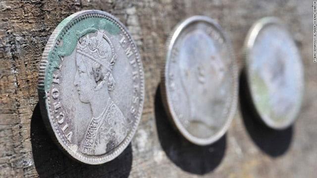 150415172456-02-dos-silver-coins-0415-exlarge-169