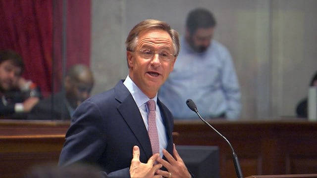 Tennessee Gov. Bill Haslam, who as a mayor supported gun free zones in city parks, will now consider a bill to strike them statewide. (Photo: AP)