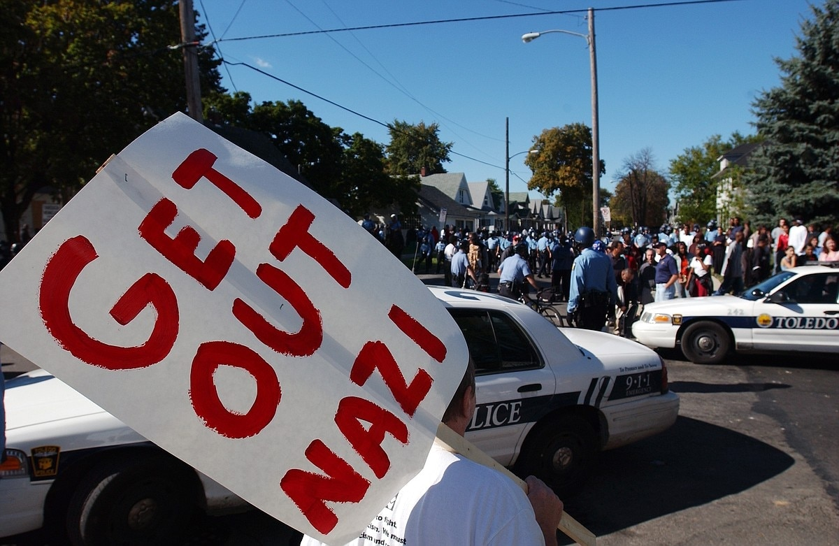 Police and city officials in Toledo, Ohio do not want a repeat of a 2005 riot between neo-Nazis and counter-protestors and are seeking to suspend Second Amendment rights during an upcoming event this weekend. (Photo: J.D. Pooley/AP)