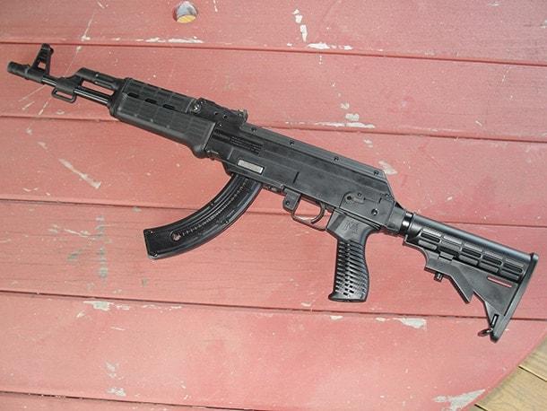 Mossberg Blaze 47 semi-auto rifle .22lr