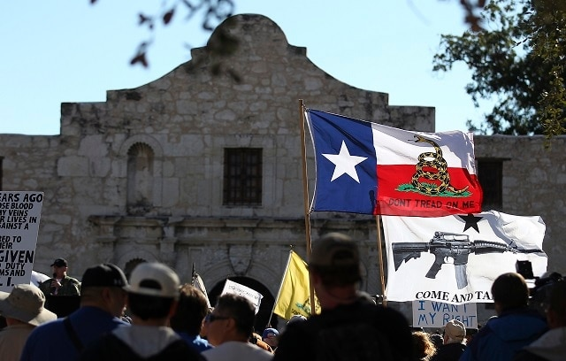 Legislation that will allow the carry of modern handguns openly in the state for the first time since the Civil War is a signature away from reality in Texas. (Photo: AP/San Antonio Express-News, Kin Man Hui, File)