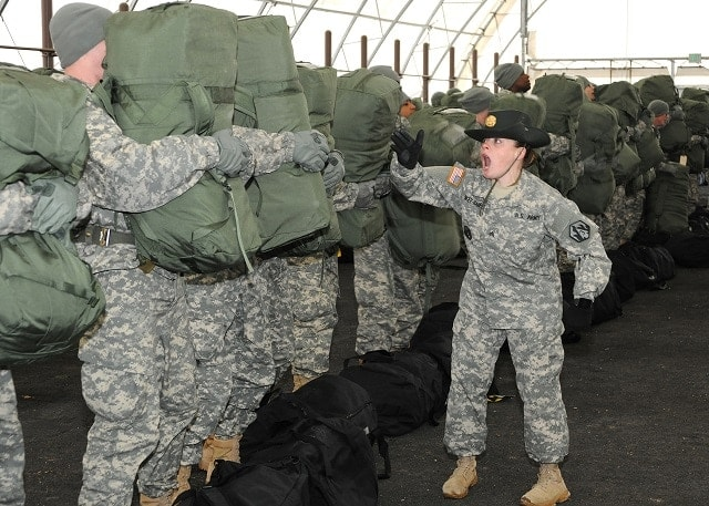 Sgt. Lori Singer-Barre emphasizes instructions during integration at Fort Leonard Wood (Photo: Stephen Standifird/U.S. Army)