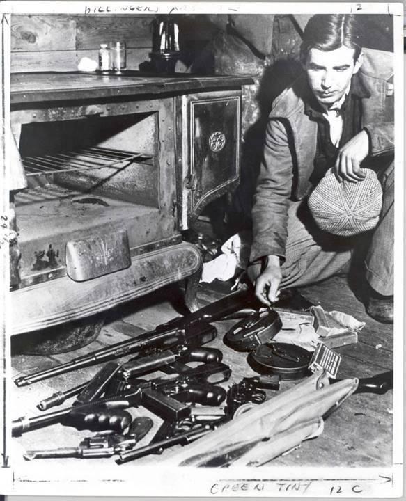 The Dillinger gang's arsenal