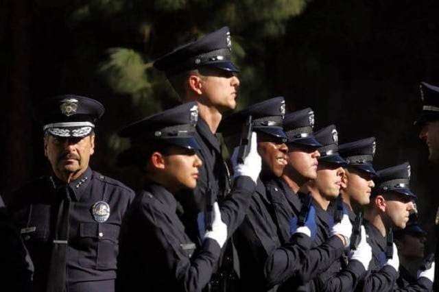 A police union wants retired law officers in LA exempt from the city's proposed gun lock law (Photo: Genaro Molina/Los Angeles Times)