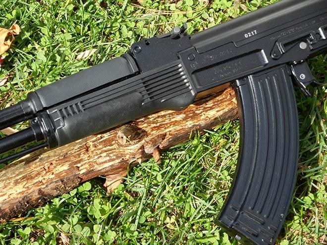 Arsenal-SLR-101S-rifle-furniture