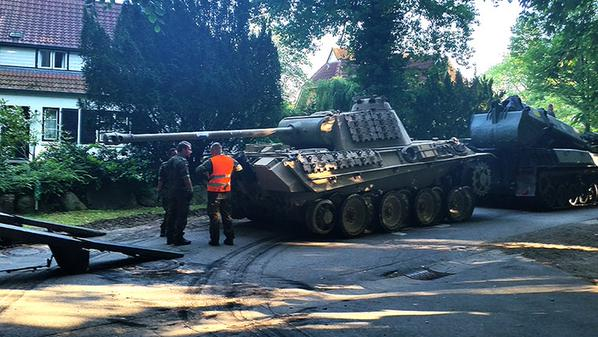 WW2+Panther+tank+seized+from+pensioner