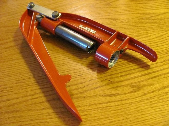 lee-breech-lock-hand-press-tool