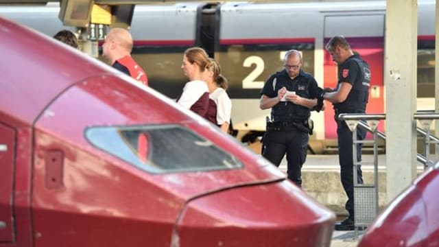 The suspect was arrested at Arras station