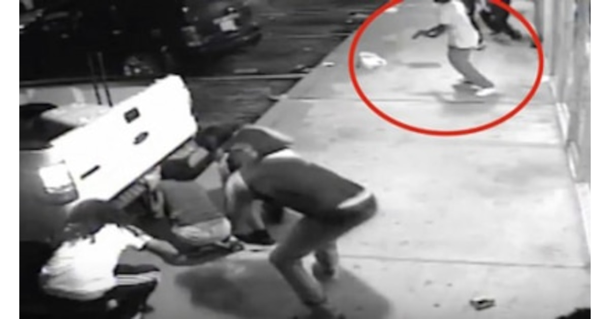 You asked for it: Naked man attacks 7-Eleven clerk in