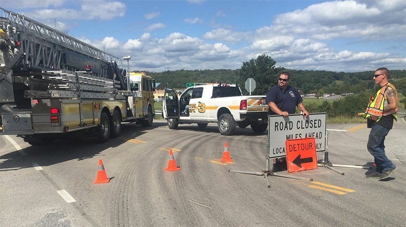 Police block access during Tuesday's incident at Philip Barbour High School. (Photo: West Virginia Metro News)