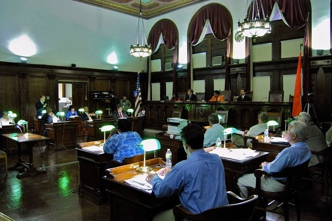 Albany Common Council approves mandatory gun lock law