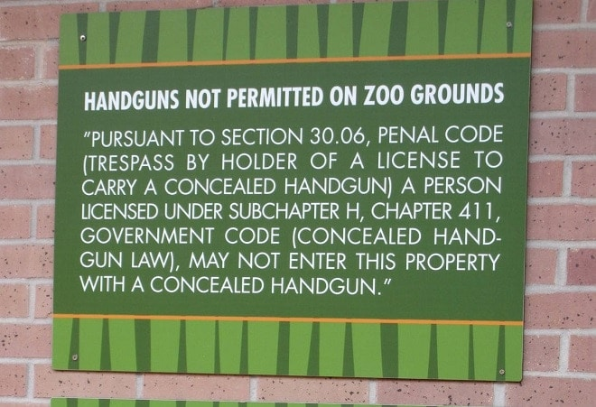 Houston Zoo ordered by city to drop gun free zones
