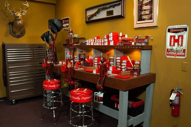 shooting_usa_hornady_reloading_room