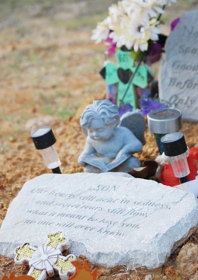 missing grave plaque