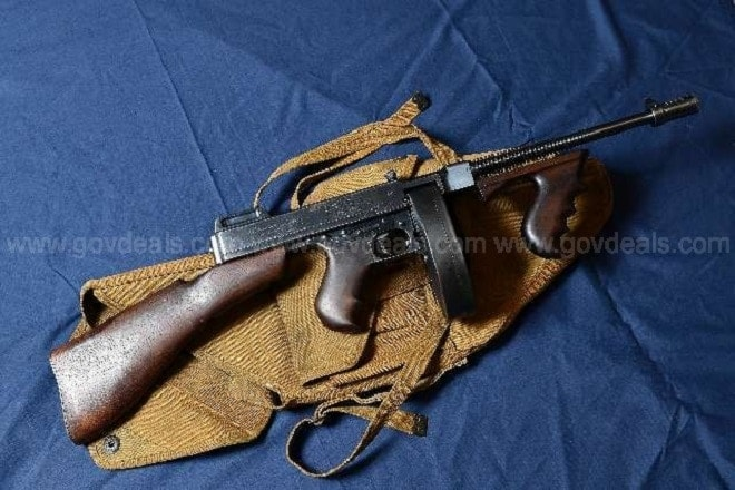 Town sells transferable select-fire Tommy gun online  (1)