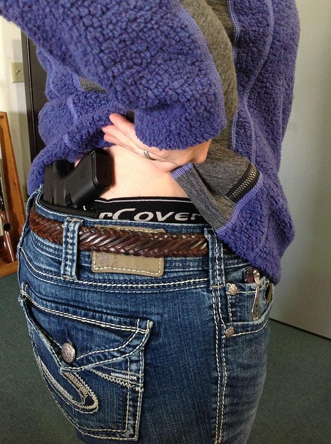 glock 42 in female compression shorts