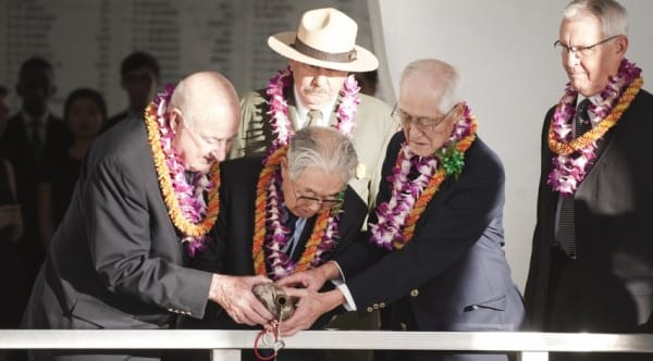 Japanese and U.S. WWII vets pour whisky in Blackened Canteen ceremony on USS Arizona (VIDEO)