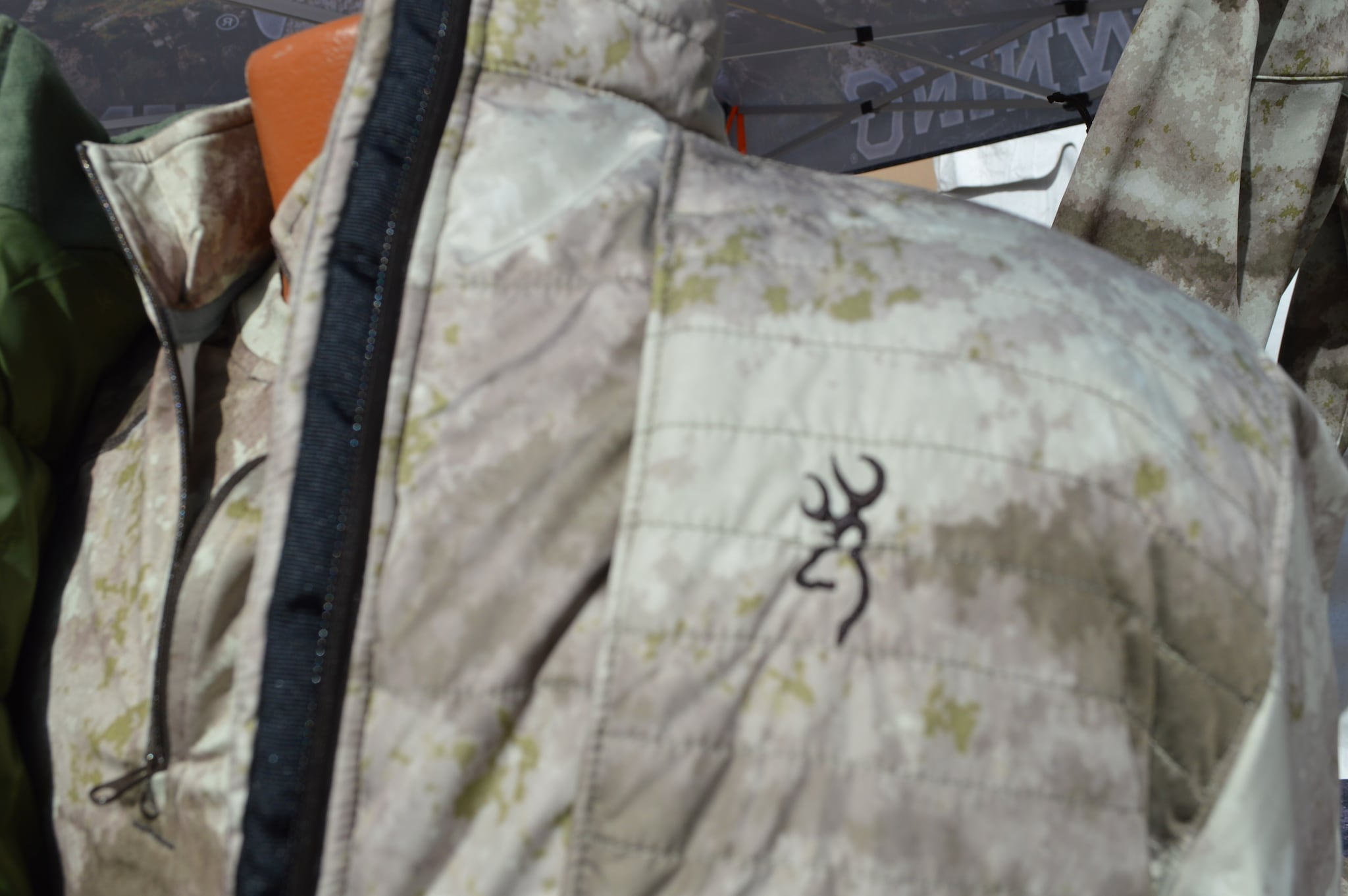Detail of a Hell's Canyon Speed jacket in A-TACS A/U (Arid/Urban) camo. (Photo: Kristin Alberts)