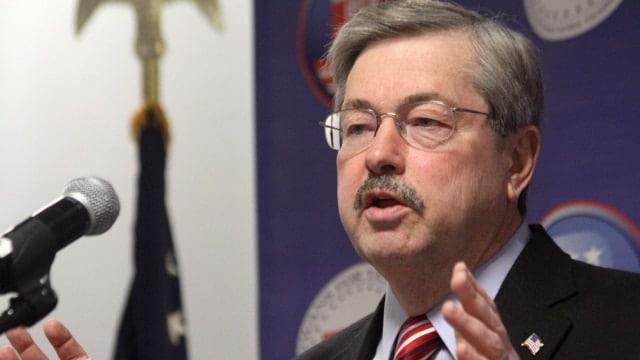 Iowa governor set to approve suppressor bill, cites potential new jobs