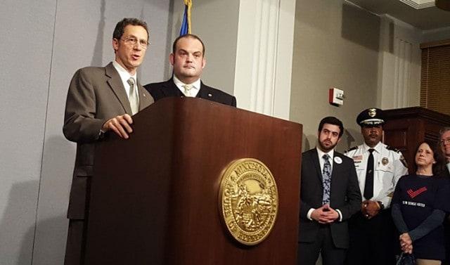 Minnesota Democrats debut universal background check push