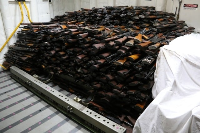 1,500 AK-47s, 200 RPG launchers seized by Navy (7 PHOTOS)