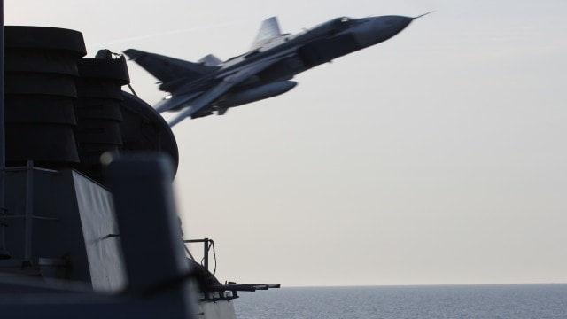 Negative Ghostrider: Russian aircraft buzz U.S. destroyer in Baltic Sea