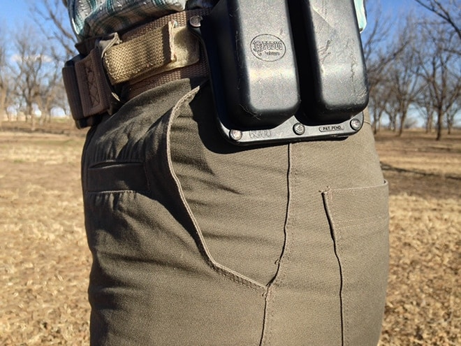 belt_loops_don_t_interfere_with_midline-worn_gear