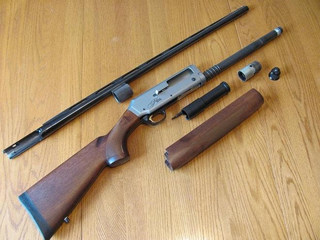Browning-Silver-Hunter-dissassembled