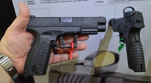 Their OSP (Optical Sight Pistol) line comes correct with a fiber optic front sight, white dot rear and Vortex Venom.