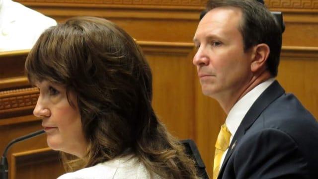 Louisiana.lawmaker.looks.to.arm.domestic.violence.victims