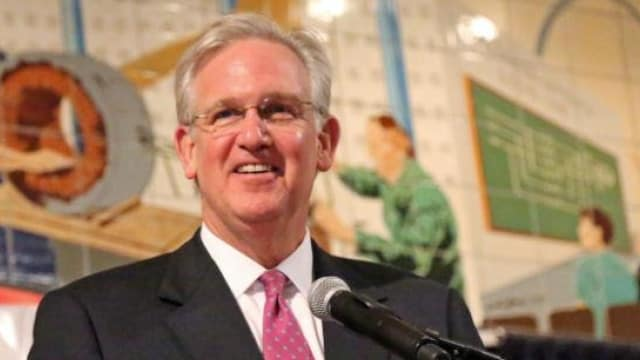 Missouri sends permitless concealed carry bill to Gov. Nixon