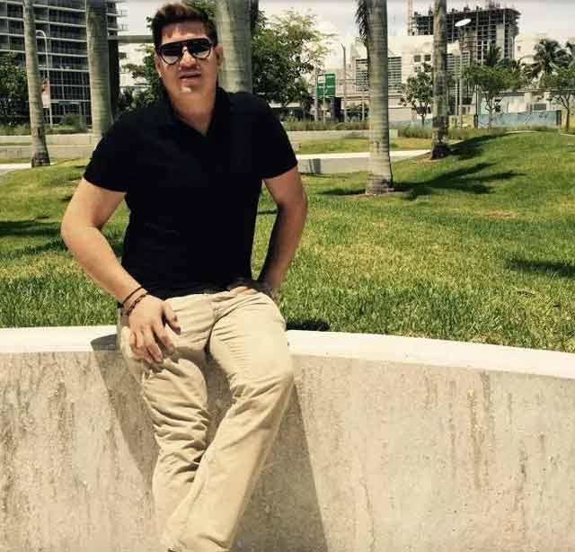 Juan Chevez Martinez, 25