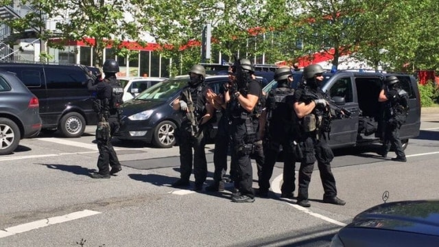 Reports: 25 injured after man opens fire in German movie theather