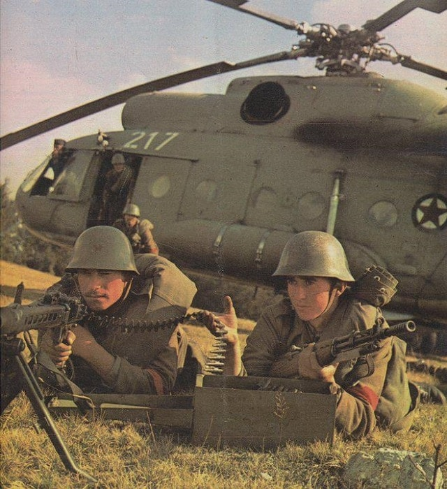 Yugoslav People`s Army troops with a pre-owned German MG42 and their own glorious Zastava made Yugo M59/66 SKS with the distinctive rifle grenade launcher attachment