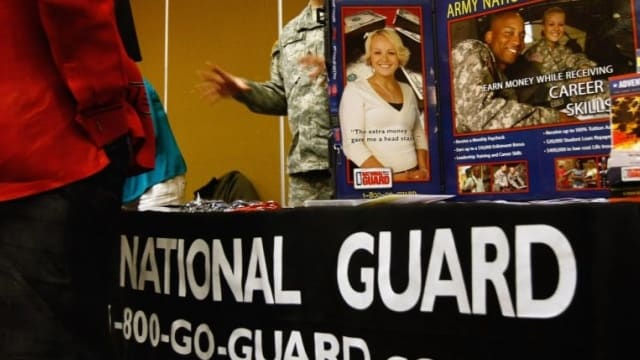 Bill.to.allow.Nat.Guard.ROTC.to.carry.concealed.guns.in.NY.moves.000.forward