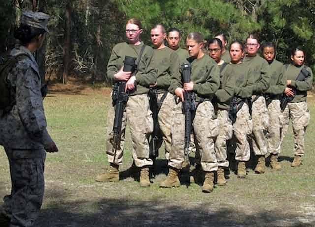 Marines weight women