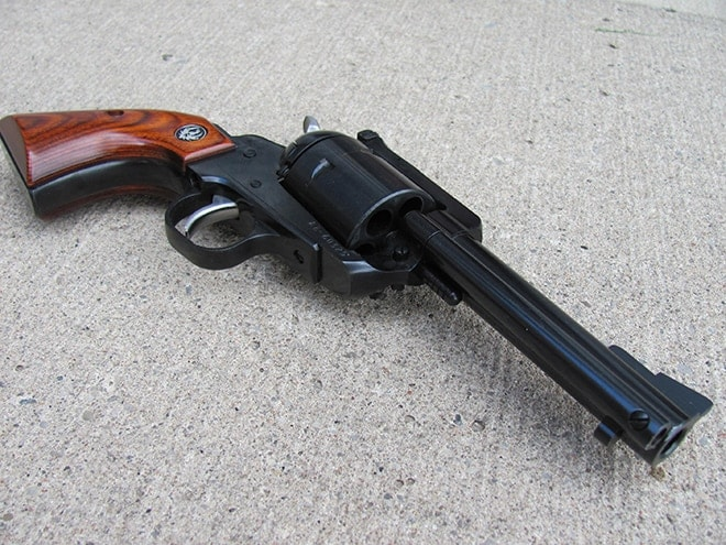 Gun Review: Ruger Super Blackhawk  44 Magnum